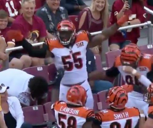 Cincinnati Bengals' Vontaze Burfict gets pick-six, pretends to be fan