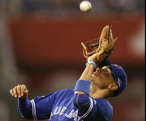 Ryan Goins, Toronto Blue Jays ride power surge in rout of New York Yankees