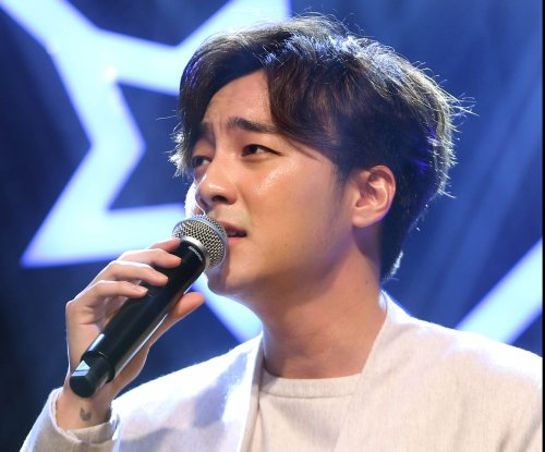 Roy Kim teases new single 'We Will Break Up Then'