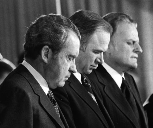 Evangelicals and Trump -- lessons from the Nixon era