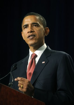 Obama plans European, Middle East trip