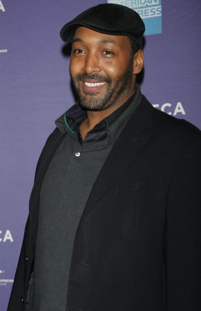 Jesse L. Martin to play singer Marvin Gaye in bio-picture