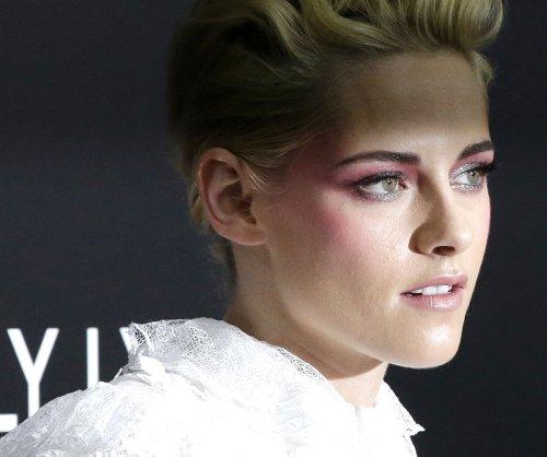 Kristen Stewart: My generation isn't 'fervently involved politically'