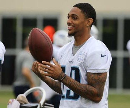Tennessee Titans activate WR Tajae Sharpe from PUP list