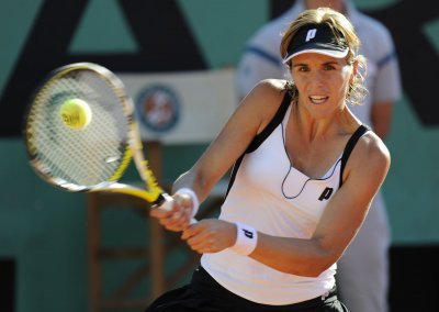 Mayr-Achleitner advances to Gastein semis
