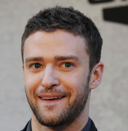 Female Marine asks Timberlake to ball