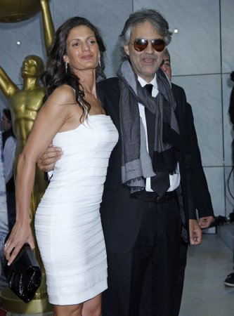 Bocelli's fiancee gives birth to daughter