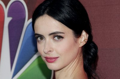 Krysten Ritter stars in new 'Jessica Jones' trailer