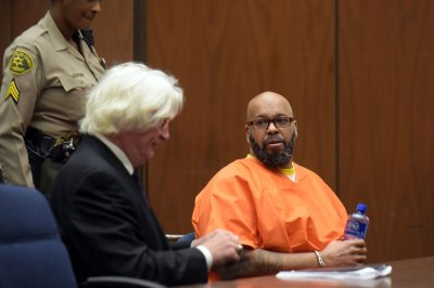 Suge Knight pleads not guilty to threatening to kill 'Straight Outta Compton' director