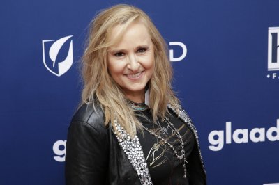Melissa Etheridge working on 'Mystic Pizza' musical
