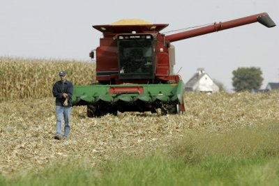 Flurry of year-end trade deal announcements give farmers hope for 2020