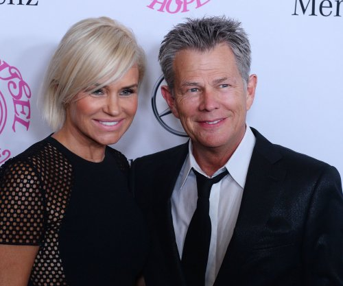 Yolanda Foster posts photo in hyperbaric chamber for Lyme disease treatment