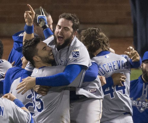 Kansas City turns out en masse for Royals' celebration
