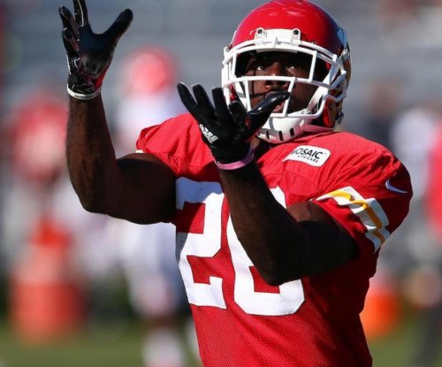 C.J. Spiller: Kansas City Chiefs sign running back for third time