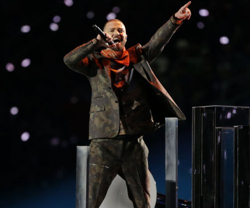 Timberlake honors Prince in Super Bowl halftime show