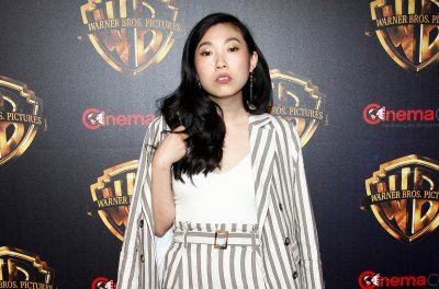 Awkwafina, Michelle Yeoh in talks for 'Everything Everywhere All at Once'
