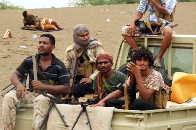 Reinforcements arrive to back up pro-government fighting in Yemen