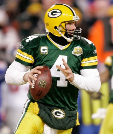 Emotional Favre says 'it's over'