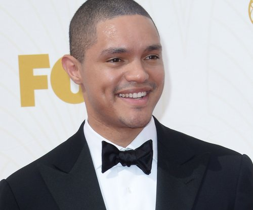 Trevor Noah makes 'Daily Show' debut, talks pope and Boehner