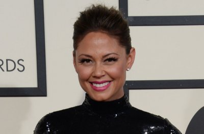 Vanessa Lachey joins TV Land's 'First Wives Club' pilot