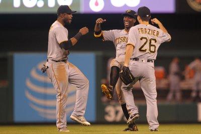Adam Frazier powers Pittsburgh Pirates past Philadelphia Phillies