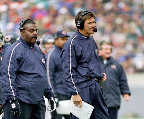 Baltimore Ravens assistant coach Clarence Brooks dies