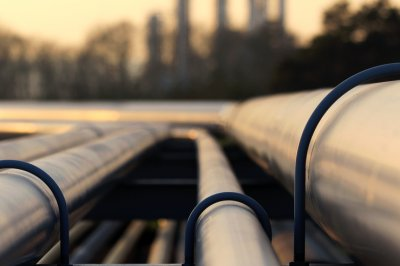 Review of TransCanada pipeline canceled for 30 days