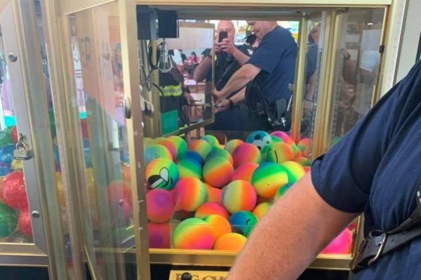 New Jersey firefighters rescue child from claw machine