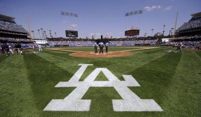 MLB: Los Angeles Dodgers 9, Arizona 5