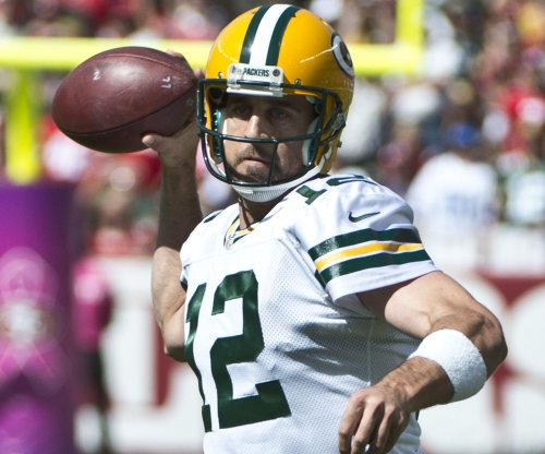 Green Bay Packers defeat Dallas Cowboys to take lead in NFC North