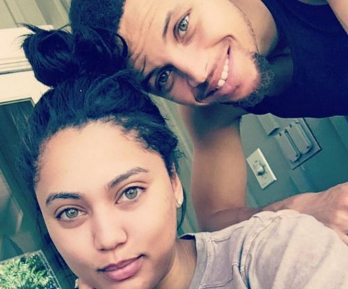 Cleveland Indians burn Stephen Curry's wife