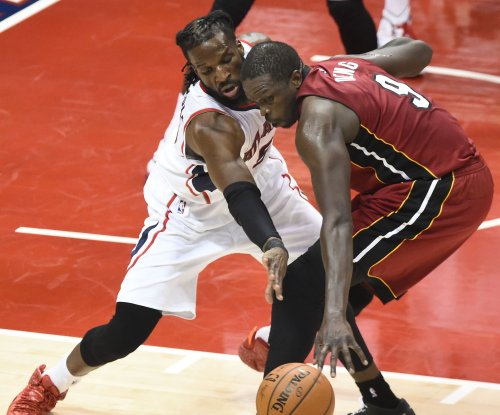 Luol Deng agrees to four-year, $72M deal with Los Angeles Lakers