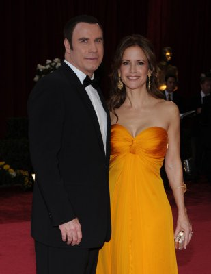 Paramedic charged in alleged Travolta plot