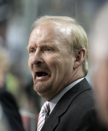 Ruff to return as Sabres' coach