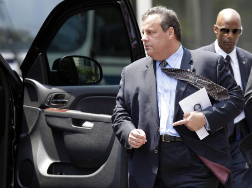Poll: Chris Christie leads in re-election race for New Jersey governor