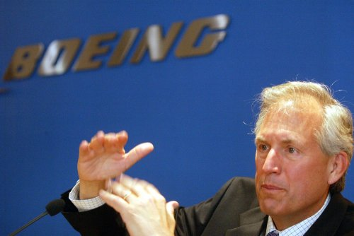 Boeing and machinists spar on key demand