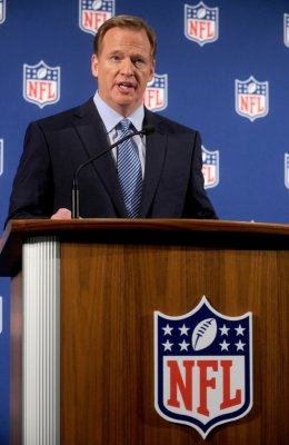 ESPN puts 3-week suspension on Bill Simmons for Goodell rant