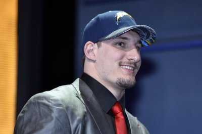 San Diego Chargers DE Joey Bosa unlkely to play in opener
