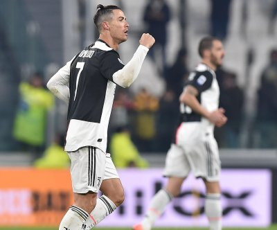 Cristiano Ronaldo scores twice, moves into top five in goals