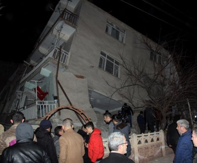 Magnitude-6.5 earthquake hits Turkey, four dead