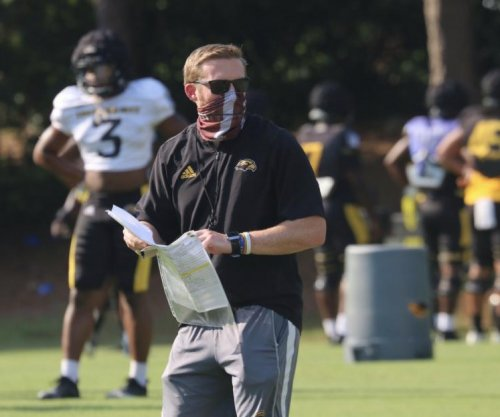 College football: Southern Miss coach tests positive for COVID-19