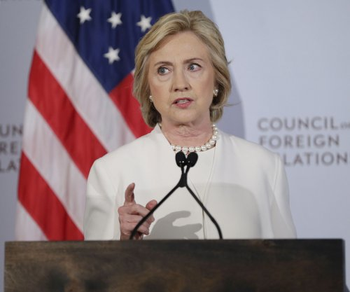 Hillary Clinton calls on U.S. to lead, step up fight against Islamic State