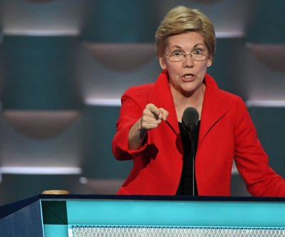 Elizabeth Warren offers forceful takedown of Donald Trump at DNC