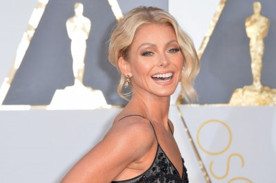 Kelly Ripa: Anderson Cooper is the 'Live' co-host who 'got away'