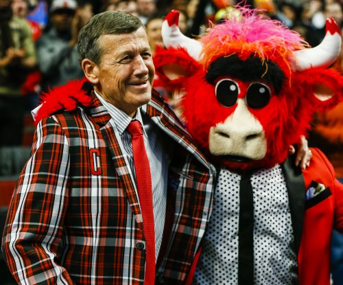 NBA honors Craig Sager with $500,000 donation