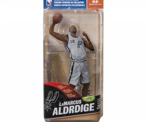 Toy company misspells LaMarcus Aldridge's name on action figure