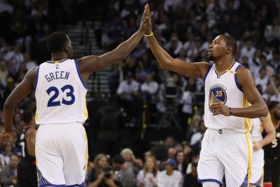 Golden State's Kevin Durant participates in shoot-around, iffy for Game 4 vs Portland Trail Blazers