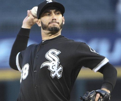 Eight-run inning propels Chicago White Sox to rout of Kansas City Royals