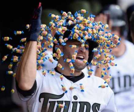 Brian Dozier showered by gum after homer leads Minnesota Twins past Tampa Bay Rays