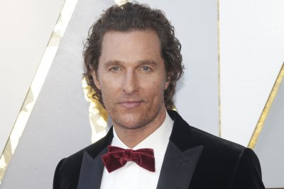 Matthew McConaughey plays 'Off Songs, Song Off' on 'Tonight Show'